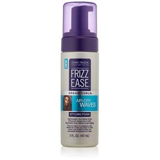 John Frieda Frizz Ease olas rizos Sueño con aire seco Espuma para peinar, 5 onzas de líquido