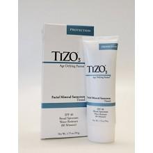 Tizo 3 protector solar facial mineral tintado, SPF 40, Edad desafiando la fusión - 1,75 oz
