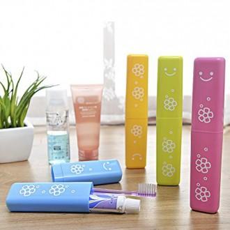 4pcs sourire brosse à dents dentifrice boîte de rangement portable Voyage respirante Toothbrush dentifrice contenant des bonbons