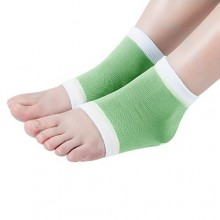 webueat Gel Moisturizing Socks Soft Repair Dry Cracked Heel,Green-White